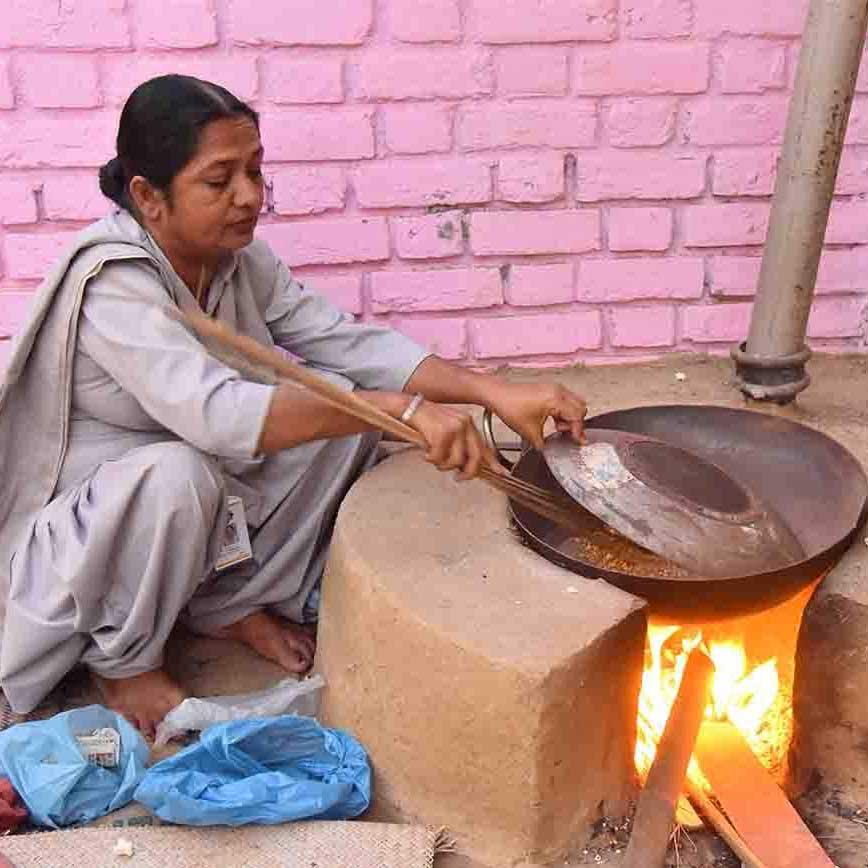 India 1978 – Biri cooks